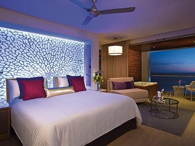 Habitación Allure Junior Suite King Vista al Mar del Hotel Hotel Breathless Riviera Cancun Resort and Spa