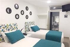 Habitación Estándar 2  Individuales + Desayuno Americano del Hotel Hotel Container Inn