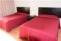Habitación Estándar Dos Camas Matrimoniales del Hotel Hotel del Ángel Reforma