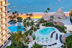 Habitación Deluxe Vista Parcial al Mar Dos Camas del Hotel Hotel Dreams Acapulco Resort & Spa
