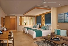 Habitación Preferred Club Jr Suite Ocean Front 2 Queen Beds del Hotel Hotel Dreams Playa Mujeres Golf and Spa Resort