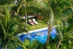 Habitación Junior Suite con Acceso Directo a la Piscina del Hotel Hotel Excellence Playa Mujeres