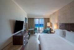 Habitación Premium Vista al Mar, 1 King del Hotel Hotel Fiesta Americana Condesa Cancún All Inclusive