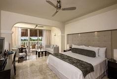 Habitación Platinum Suite Jacuzzi en la Terraza del Hotel Hotel Grand Riviera Princess