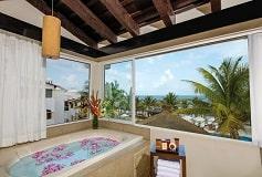Habitación Ocean Front Dome Suite del Hotel Hotel Hidden Beach Resort Au Naturel, by Karisma