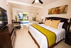 Habitación Ocean Front Swim Up Junior Suite del Hotel Hotel Hidden Beach Resort Au Naturel, by Karisma