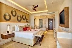 Habitación Luxury Suite Luna de Miel Vista a Mar Diamond Club del Hotel Hotel Hideaway at Royalton Riviera Cancún Sólo Adultos
