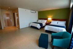 Habitación Estándar Dos Camas Vista a la Plaza del Hotel Hotel Holiday Inn Express Cabo San Lucas