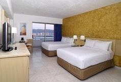 Habitación Estándar con Dos Camas Matrimoniales del Hotel Hotel HS HOTSSON Smart Acapulco