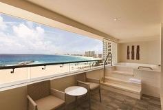 Habitación Ziva Club Ocean Front Corner Suite del Hotel Hotel Hyatt Ziva Cancún