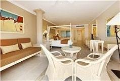 Habitación Junior Suite Deluxe Frente al Mar del Hotel Hotel Luxury Bahía Príncipe Akumal