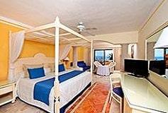 Habitación Junior Suite Frente al Mar del Hotel Hotel Luxury Bahía Príncipe Akumal