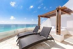 Habitación Corner Junior Suite Ocean View del Hotel Hotel Melody Maker Cancún