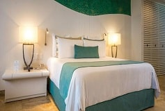 Habitación Deluxe Sunset Vista a la Laguna con Balcón King del Hotel Hotel Now Emerald Cancún