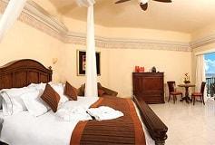 Habitación Gran Master Suite Frente al Mar de Una Recámara del Hotel Hotel Panama Jack Resorts Gran Porto Playa del Carmen