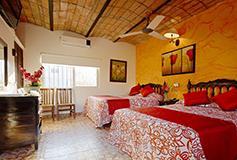 Habitación Estándar Dos Camas Matrimoniales del Hotel Hotel Posada de Roger