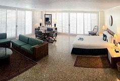 Habitación Pirámide Junior Suite Vista al Mar del Hotel Hotel Princess Mundo Imperial Riviera Diamante Acapulco