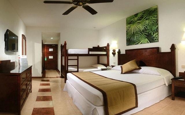 Habitación Habitación Familiar del Hotel Hotel Riu Lupita