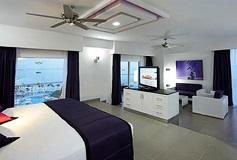Habitación Suite Jacuzzi Vista al Mar del Hotel Hotel Riu Palace Península All Inclusive