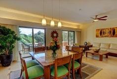 Habitación Suite Tres Recámaras Vista al Jardín del Hotel Hotel Riviera Maya Suites