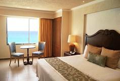 Habitación Deluxe Vista Frontal al Mar del Hotel Hotel Royal Solaris Cancún