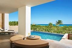 Habitación Preferred Club Master Suite Frente al Mar Piscina del Hotel Hotel Secrets Playa Mujeres Golf and Spa Resort Todo Incluido - Solo Adultos