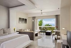 Habitación Junior Suite Doble Vista Parcial al Mar del Hotel Hotel Secrets Silversands Riviera Cancún