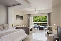 Habitación Junior Suite King Vista a la Piscina del Hotel Hotel Secrets Silversands Riviera Cancún
