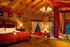 Habitación Cabaña Suite Vista Lago con Jacuzzi y Terraza AI del Hotel Hotel Sierra Lago Exclusive Mountain Resort and Spa