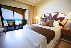 Habitación Master Suite de Dos Recámaras del Hotel Hotel The Royal Caribbean An All Suites Resort