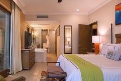 Habitación Suite de Tres Recámaras Premium Floor del Hotel Hotel Villa del Palmar en las Islas de Loreto