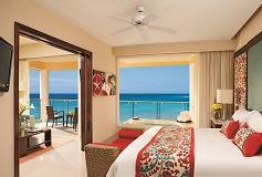 Habitación Preferred Club Ocean Front con Jacuzzi del Hotel Hotel Now Jade Riviera Cancún