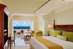 Habitación Preferred Club Junior Suite King Frente al Mar del Hotel Hotel Now Sapphire Riviera Cancún