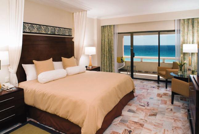 Habitación De Lujo Vista al Mar  del Hotel Omni Cancun Hotel y Villas