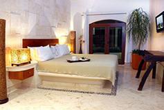 Habitación Una Recámara del Hotel Porto Playa Condo Hotel and Beach Club