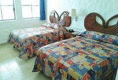 Habitación Estándar con Dos Camas Matrimoniales del Hotel Hotel Quijote Inn