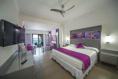 Habitación Junior Suite Vista al Mar del Hotel Hotel Riu Cancún All Inclusive