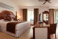 Habitación Jacuzzi Suite del Hotel Hotel Riu Jalisco All Inclusive