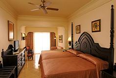 Habitación Junior Suite con Vista al Jardín del Hotel Riu Palace Pacifico All Inclusive
