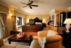 Habitación Suite Jacuzzi del Hotel Hotel Riu Santa Fe