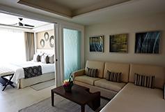 Habitación Luxury Suite Vista al Mar Terraza Jacuzzi Diamond del Hotel Hotel Royalton Riviera Cancún Resort and Spa