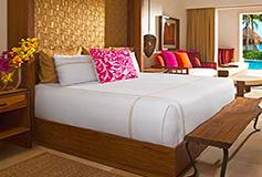 Habitación Junior Suite Swim Out King del Hotel Secrets Akumal Riviera Maya