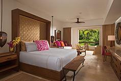 Habitación Junior Suite Tropical View King del Hotel Secrets Akumal Riviera Maya