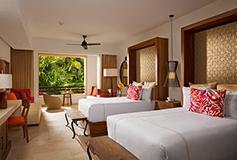 Habitación Junior Suite Tropical View Two Doubles del Hotel Secrets Akumal Riviera Maya