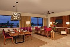 Habitación Preferred Club Junior Ste SwimOut Ocean Front King del Hotel Secrets Akumal Riviera Maya