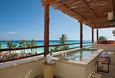 Habitación Preferred Club Junior Suite Swim Out King del Hotel Secrets Akumal Riviera Maya