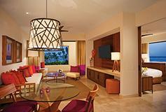 Habitación Romance Master Suite Ocean Front King del Hotel Secrets Akumal Riviera Maya