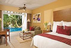 Habitación Junior Suite Acceso a la Piscina del Hotel Secrets Aura Cozumel