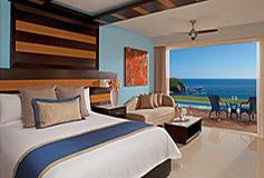 Habitación Junior Suite with Jacuzzi King del Hotel Secrets Huatulco Resort and Spa