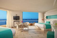 Habitación Sun Club Familiar Habs Conectadas Frente al Mar del Hotel Sunscape Dorado Pacifico Ixtapa